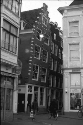 Amsterdam Antica, l'Inclinazione delle Case