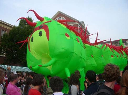 Wageningen, il Festival degli Insetti, Bruco Gigante