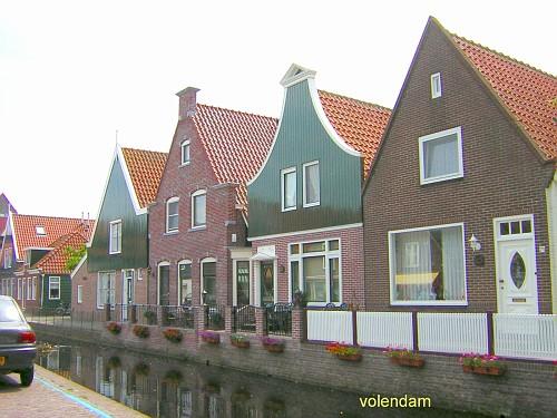 Volendam, le Casette Tipiche a schiera