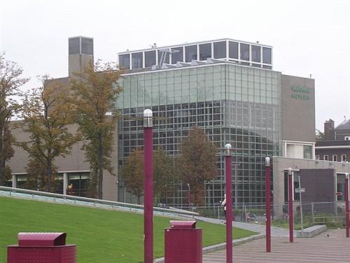 Van Gogh Museum ad Amsterdam. Il Museo dall'esterno