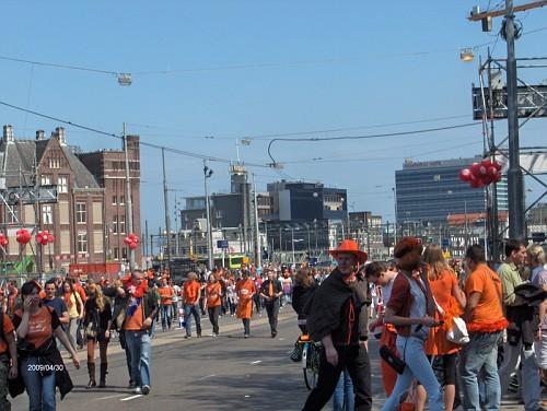 Amsterdam, il giorno della Regina, Aprile 09, tutti in arancione