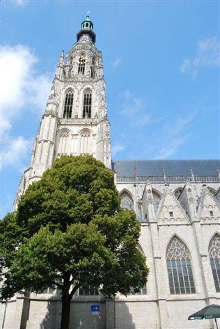 Breda, De Grote Kerk, l'esterno